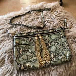 Gianni Bini Crossbody purse.  Gorgeous.Never used!